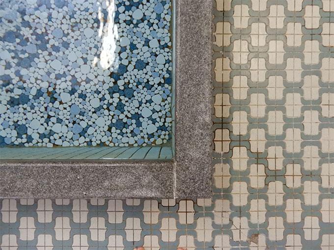 鴨川湯のモザイクタイル